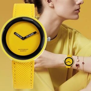Accessories - Bright yellow Sports watch